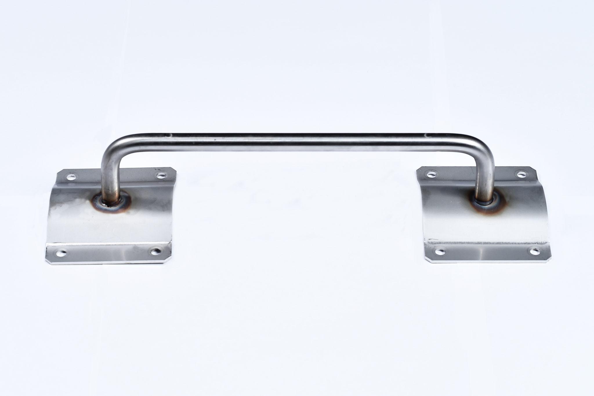 Poignée latérale pour <br> container en acier